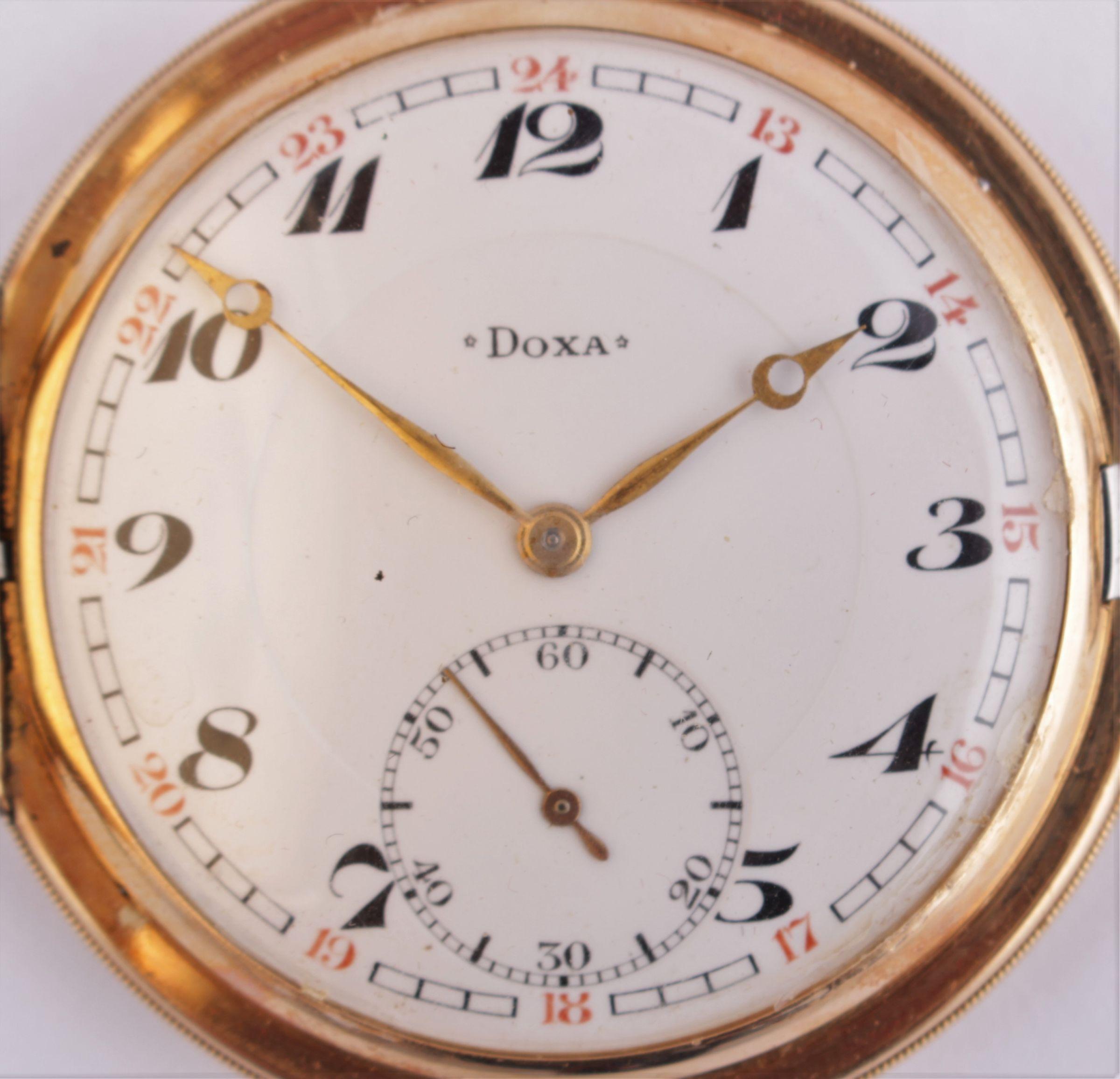 bd4b04c95 Zlaté kapesní hodinky Doxa   2. Aukce výtvarného umění a ...