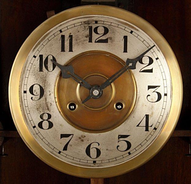 Zoznamka Gustav Becker nástenné hodiny